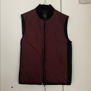 Theory Puffer Vest Size S